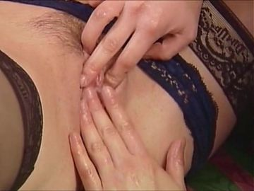 Raffaela, Fisting and Lesbian Fun with other women 02